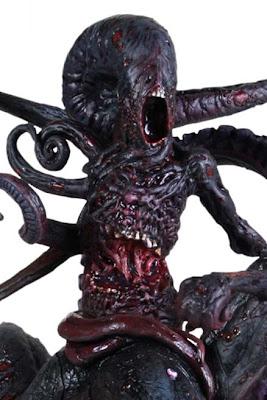 Nyarlathotep_Black_Statue_Image