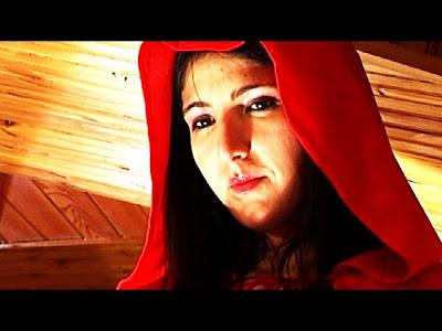 cappuccetto_rosso_Gordiano_Lupi_Il_Foglio_cortometraggio_horror_immagine_sexy