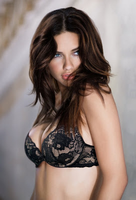 beautiful women - Adriana Lima