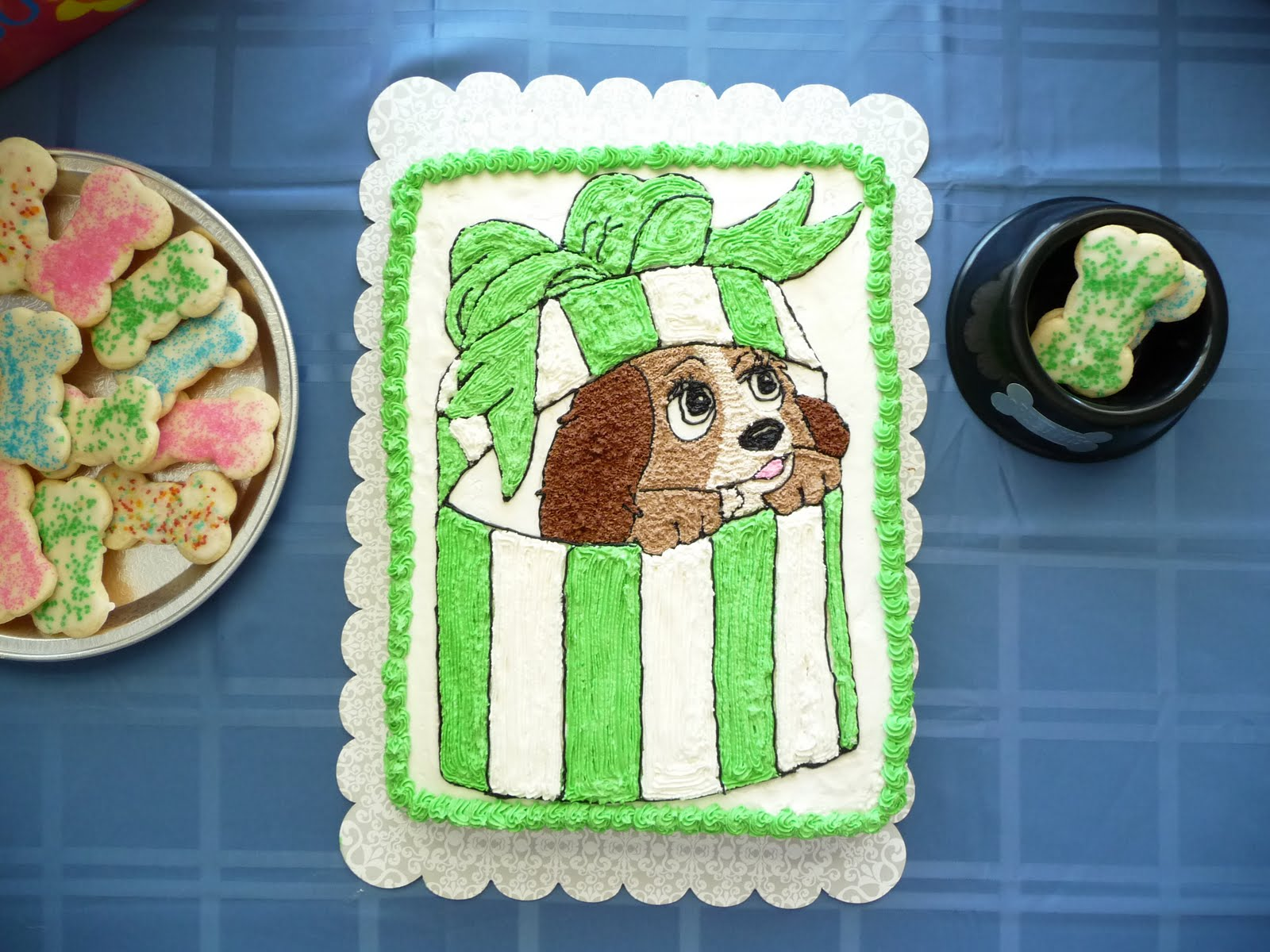Family, Food, and Fun: Lady and the Tramp Cake