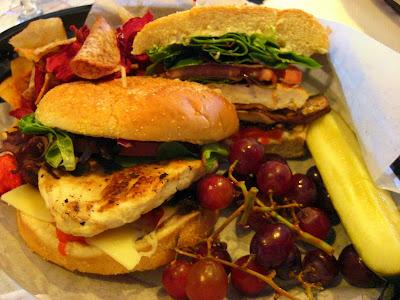 Pollo Bella sandwich