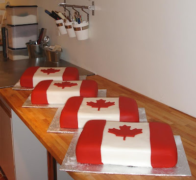 canada day cupcakes. Happy Canada Day!