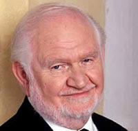 Supporting Actor Robert Prosky Dies at 77