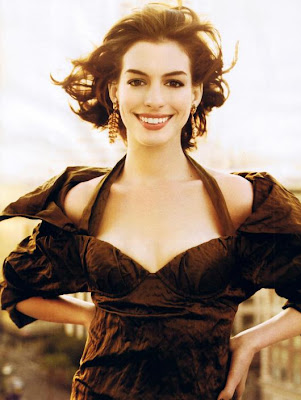 Anne Hathaway Looks Hot In Vogue