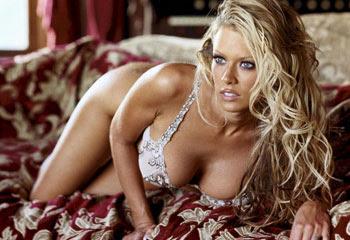Pornstar Jenna Jameson nude