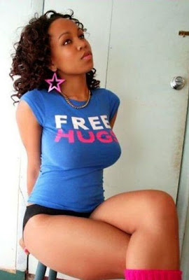 http://4.bp.blogspot.com/_yTbpZhtuZWY/SVckIhW8EeI/AAAAAAAAI9M/j0L2qQrJNOo/s400/free_hugs.jpg