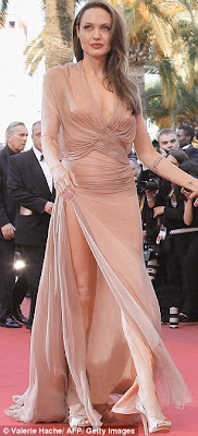 hot Angelina Jolie hit the red carpet in Cannes for the screening of Inglourious Basterds in sexy dress