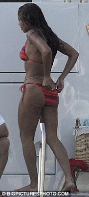 Bootylicious Beyonce Shows off Killer Curves In Hot Bikini