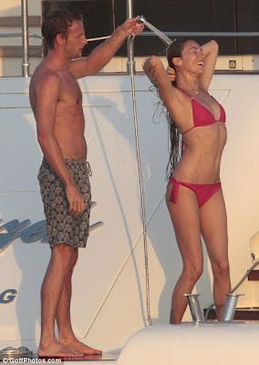 Jenson Button showers his hot girlfriend Jessica Michibata in bikini