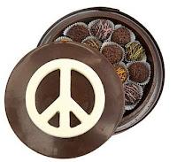 Peacezeichen auf Schokolade