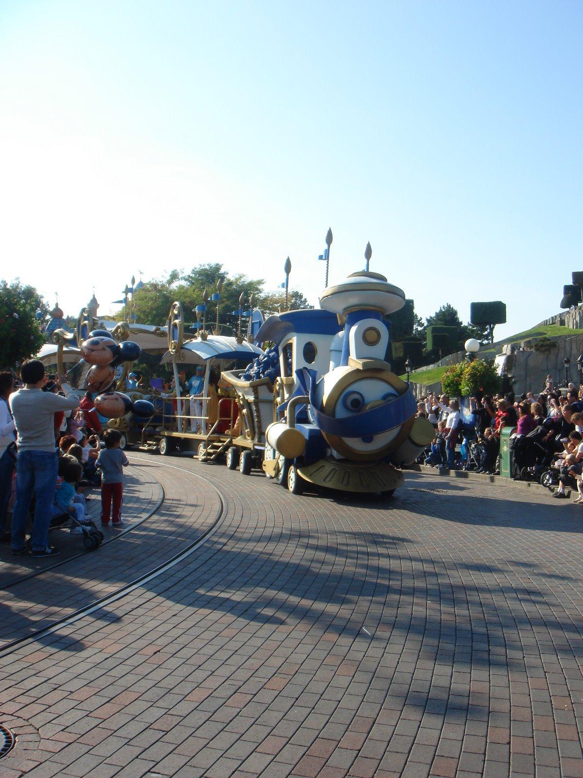 [Disneyland+Paris+2008+037.jpg]