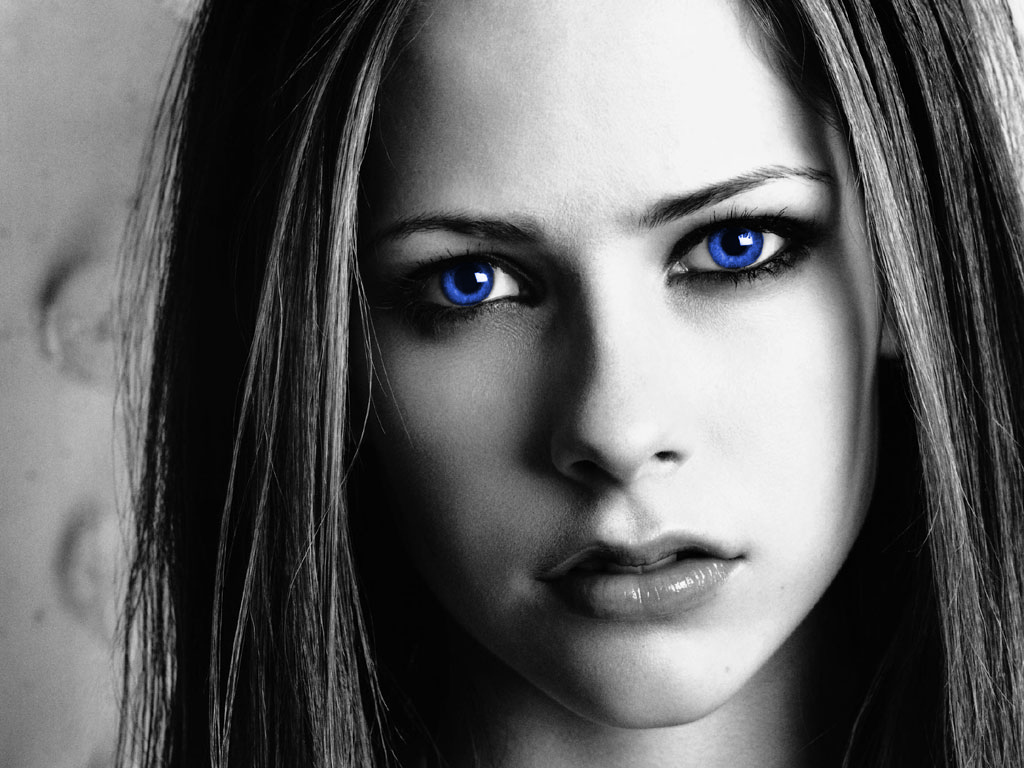 http://4.bp.blogspot.com/_yUXQm6xQeOk/TTVq24LRm6I/AAAAAAAAAYc/RG2mjVhlI44/s1600/avril-blue-eyes-wallpapers_12639_1024x768-795007.jpg