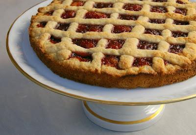 طريقة عمل كيكة (الباستا فلـــــــــــــورا) Whole+crostata