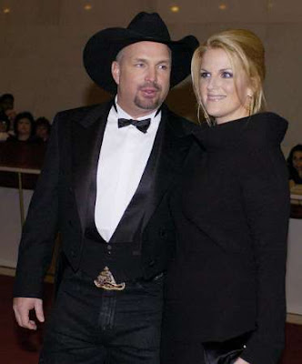 Garth Brooks and Trisha Yearwood In the mid-1990s, many tabloids reported ...