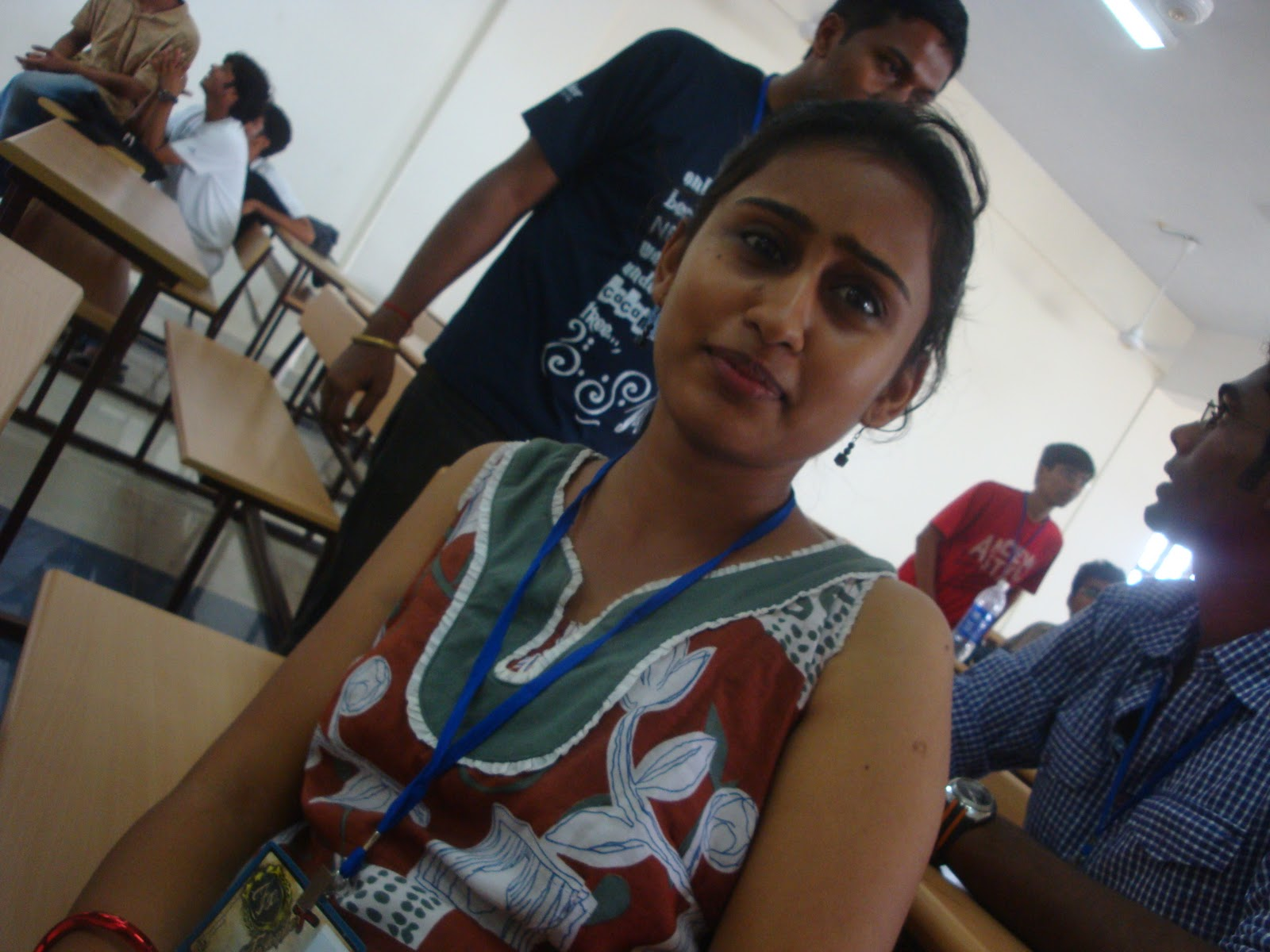 tiruchirappalli single girls Ok there are two approaches i can suggest: traditional way: interact with as many girls as you can some of these girls will be interested in you get their phone numbers, email or facebook id and start chatting.