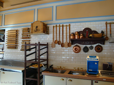 Hong Kong Disneyland Bakery Photo 6