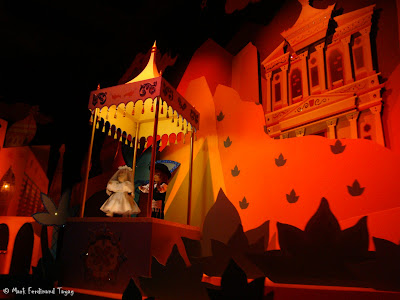 Disneyland It's A Small World Photo 10