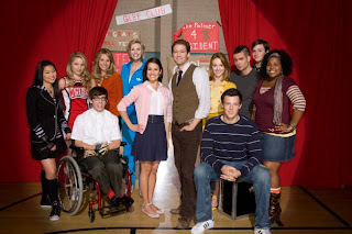Watch Glee Season 2