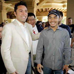 Oscar De La Hoya vs Manny Pacquiao