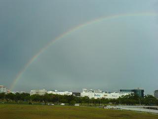 Rainbow in Singapore Picture 5