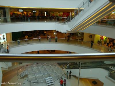 SM Mega Mall Atrium Pictures 4