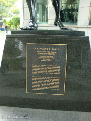 Salvador Dali Statue in Singapore Photo 2