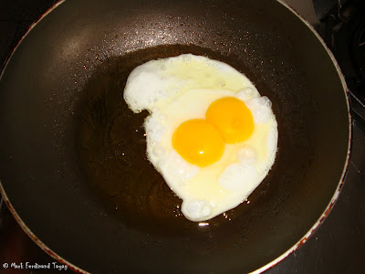 Egg With Two Yolk Photo