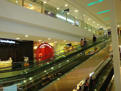 Sembawang Shopping Centre Photo 2
