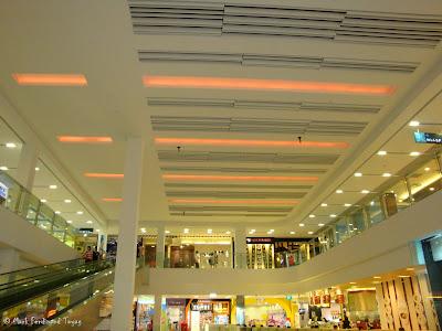 Sembawang Shopping Centre Photo 6