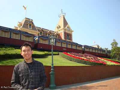 Hong Kong Disneyland Entrance Photo 15