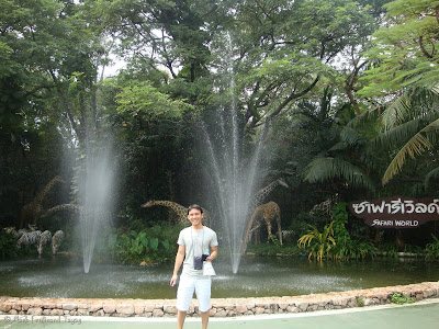 Safari World Bangkok Entrance Photo 9