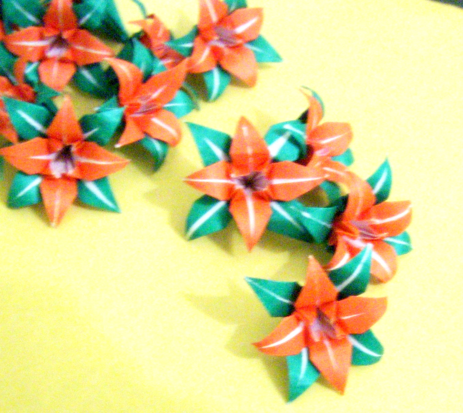 FLOWER ORIGAMI FOLDING INSTRUCTIONS EMBROIDERY & ORIGAMI