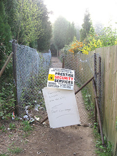 Footpath from Oliver Close