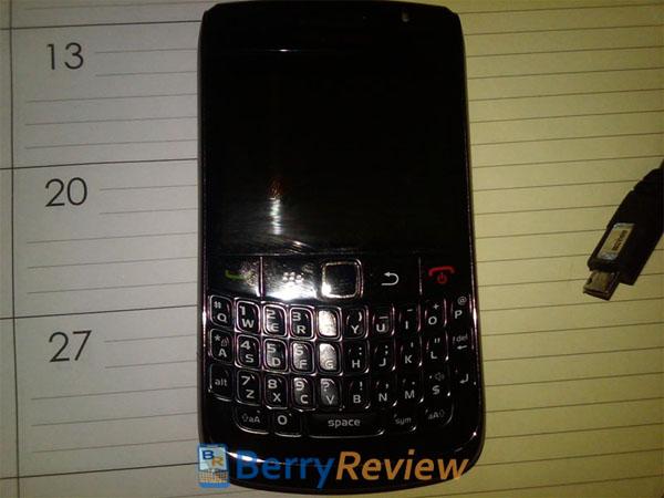 [Blackberry+curve+8910+image.jpg]