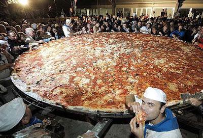pizza terbesar