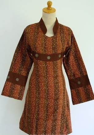 Indonesian Batik: Batik clothing for women