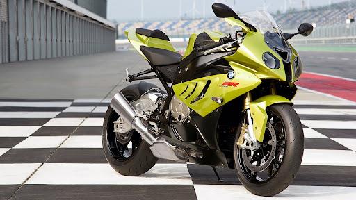 a las mejores motos.