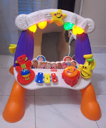 Fisher-Price Little Superstar Sing-Along Stage ( missing microphone )