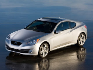 2010 Hyundai Genesis pic