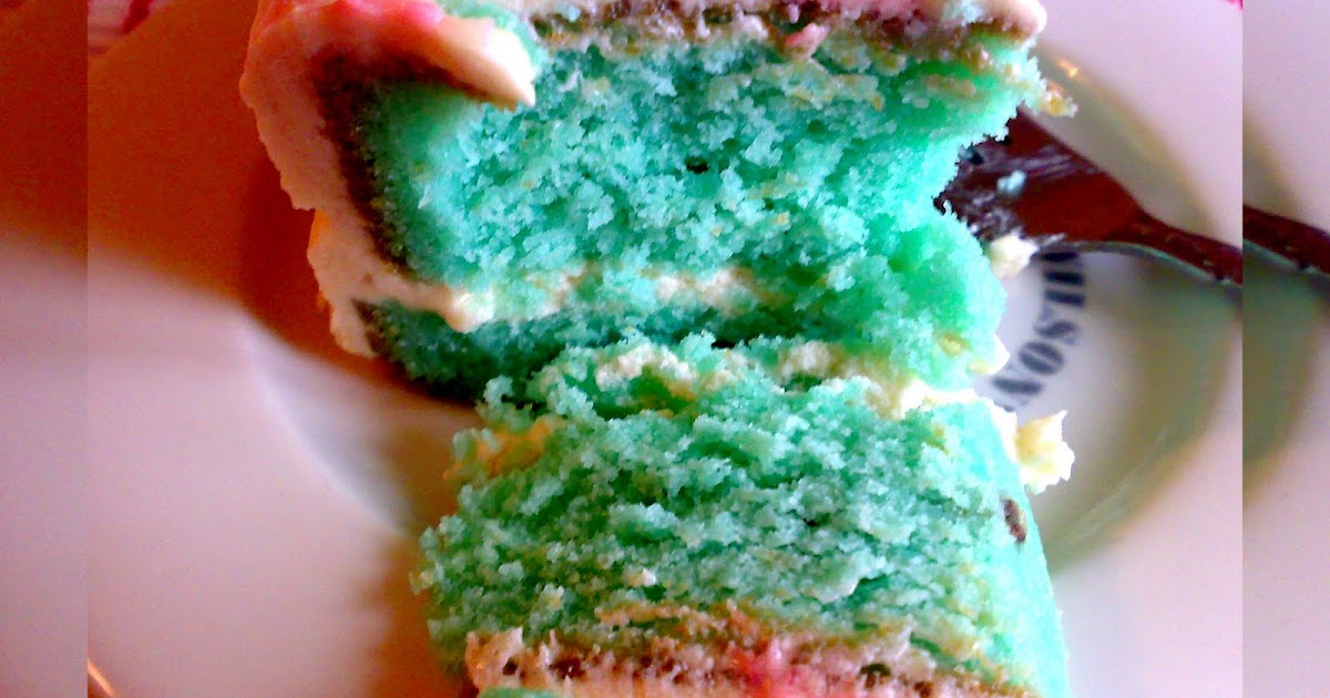 Blue Velvi Cake