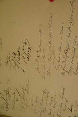 Rizal's  signature handwriting