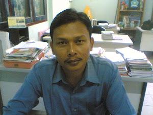 Bahasa Mandarin Salah Satu Muatan Lokal Unggulan SMK Kartini ( Mujiono,S.Pd.)