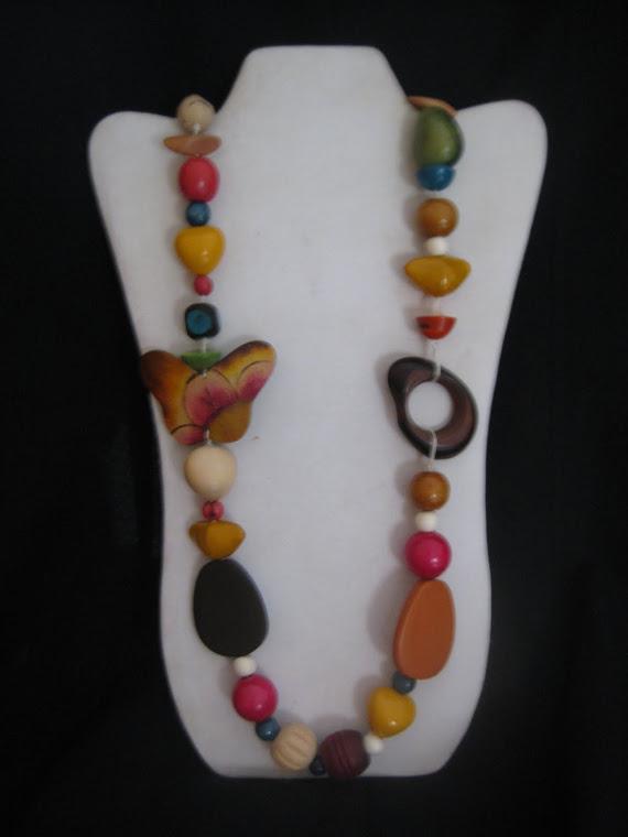 C02101 Collar Madera y Tagua de colores