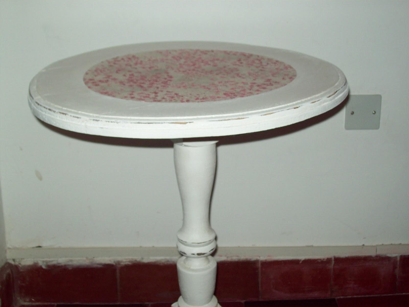 El desvan de la abuela mesa reciclada for Muebles el desvan