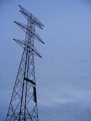 ¿Como transportan una torre eléctrica?
