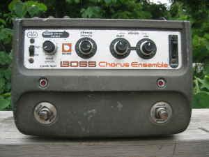 Craigslist Vintage Guitar Hunt: Vintage Pedals and Amps in ...