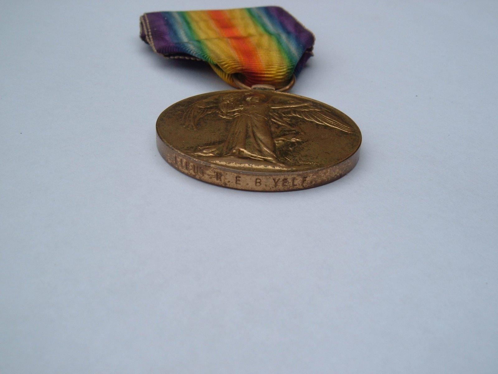 [REBYelf+medal3]