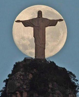 http://4.bp.blogspot.com/_ytHhYvNzbm8/SNpUxX3K59I/AAAAAAAAB84/uEalgb0YfQ8/s400/Cerro+del+Corcovado1.JPG