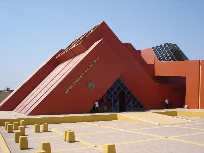 [Imagen: Museo%2BTumbas%2BReales%2Bde%2BSip%25C3%25A1n%2B1.jpg]