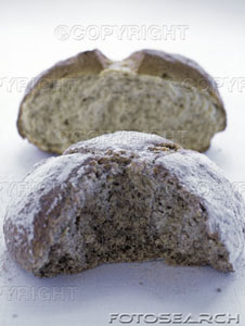 [brown-and-white-soda-breads-~-664995.jpe]